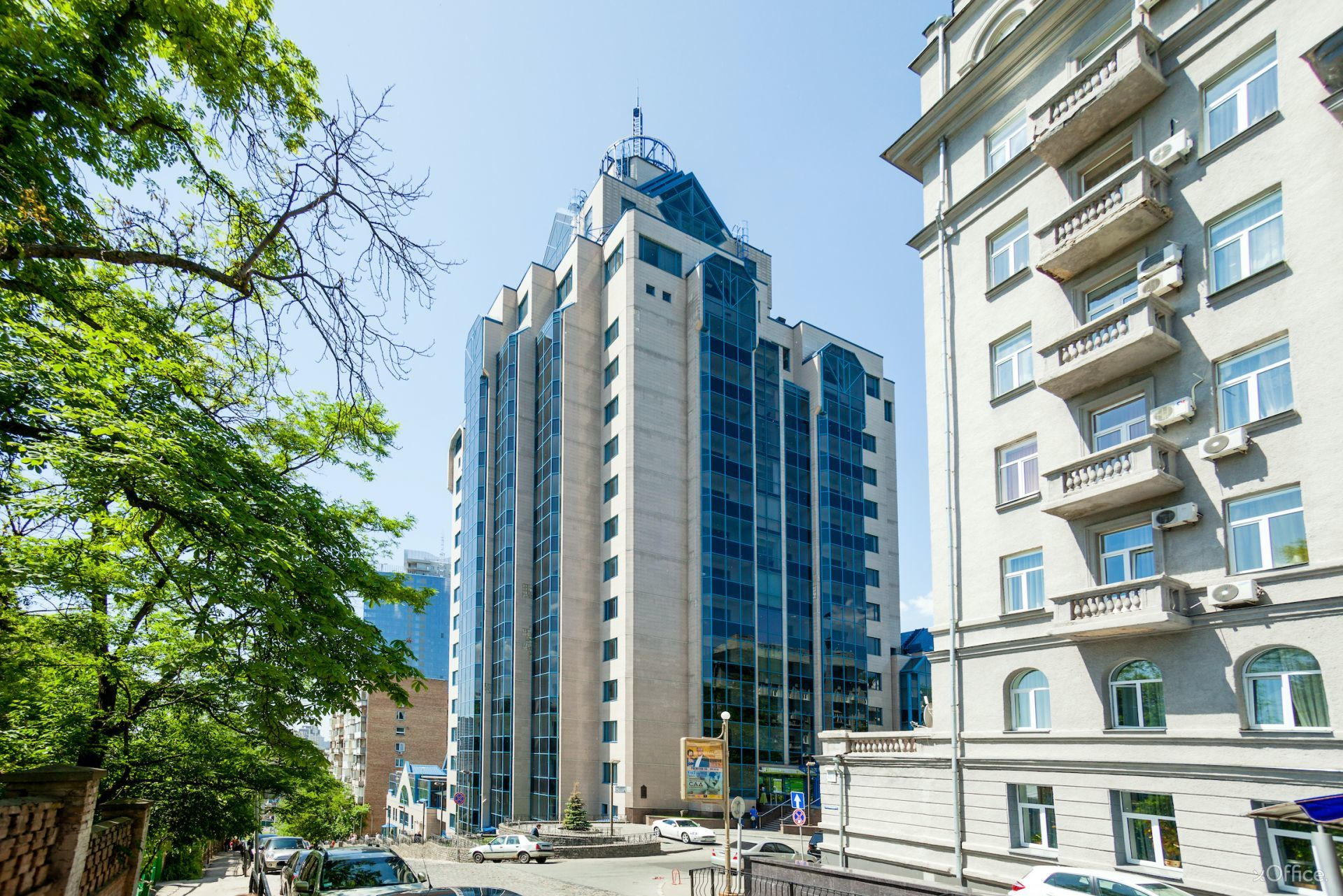 horizon_office_towers_shovkovychna_42_xoffice