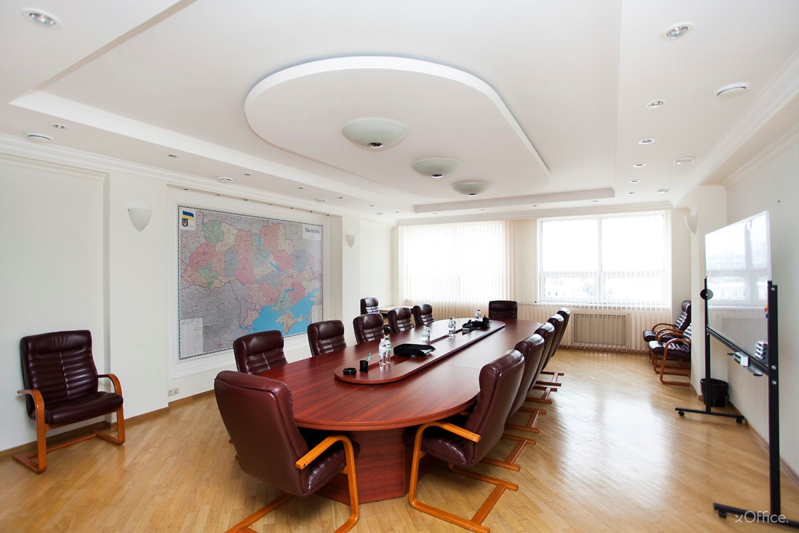 bc_pochayna_center_bandery_6_xoffice_11